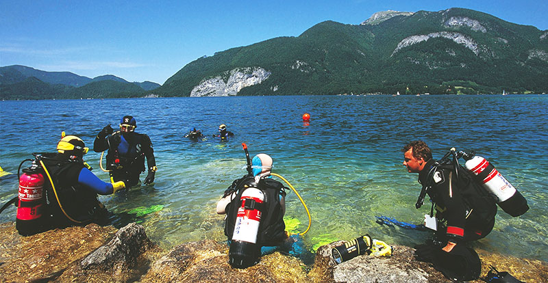 Dykking og snorkling i Wolfgangsee, Oberösterreich, Østerrike
