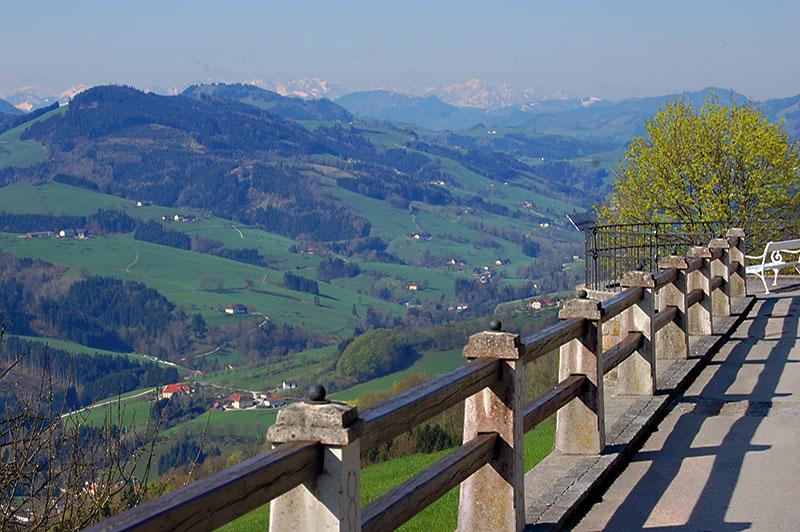 Utsikten fra Sonntagberg basilikaen, Niederösterreich, Østerrike.