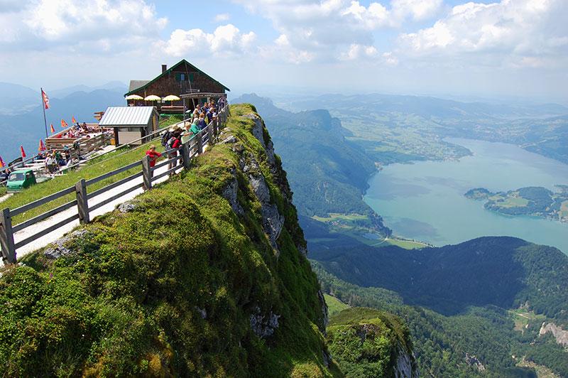 Utsikt over Mondsee fra Schafberg, Salzkammergut, Salzburgerland, Østerrike.