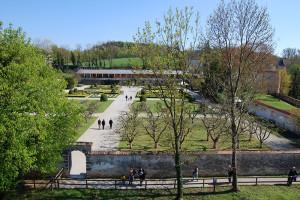 Oversiktsbilde over hagen på Schallaburg, Niederösterreich, Østerrike