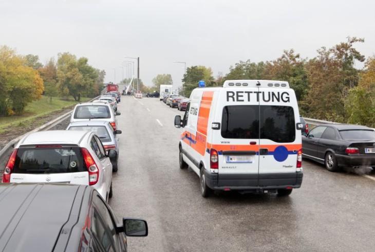 Rettungsgasse, utrykningskorridor i Østerrike