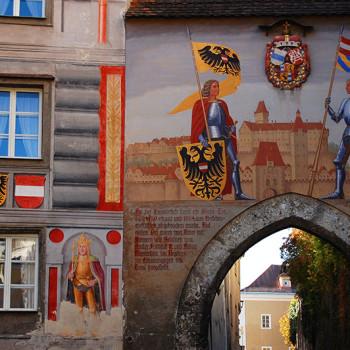 Historiske byer, Den nedre porten til Schloss Lamberg i Steyr, Oberösterreich, Østerrike.