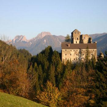 Burg Heinfels, Pustertaler Höhenstrasse, Osttirol, Østerrike.