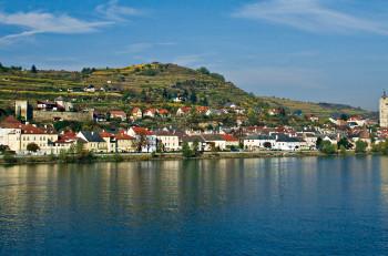 Stein an der Donau (nær Krems), Wachau, Niederösterreich, Østerrike.