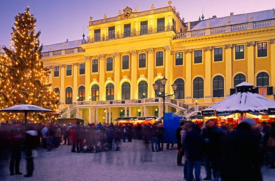 Schönbrunn, Wien - Julemarkeder i Østerrike