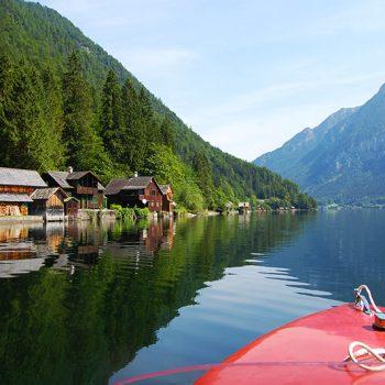 Elektrisk båt på Hallstätter See ved Hallstatt