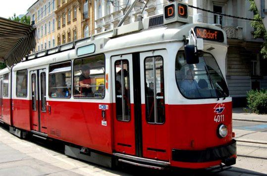Trikkesightseeing i Wien med linje D, Østerrike