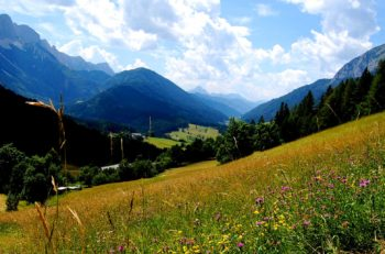 Zell-Pfarre sett fra Schaidasattel, Sør-Kärnten, Østerrike