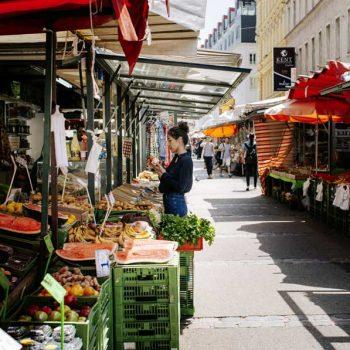 Opplev Wiens fargerike markeder - Brunnenmarkt - Markeder i Wien, Østerrike
